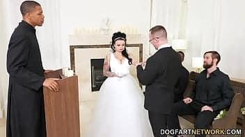 Ο γάμος κατέληξε σε παρτούζα